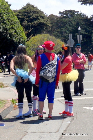Bay_to_breakers_5-15-2009_9-43-44_am