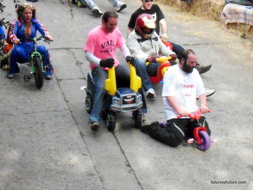 San_francisco_big_wheels_race_easter_2012_640x480-016