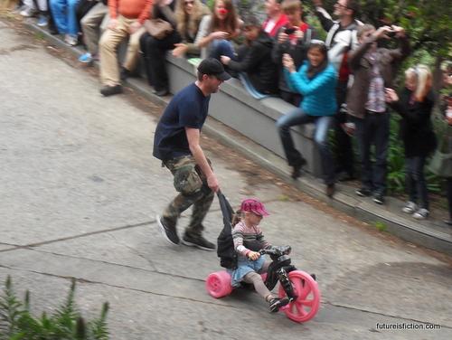 San_francisco_big_wheels_race_easter_2012_640x481-001